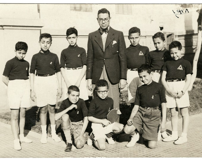 Egyptian School Table-Tennis Team, 1928: Vintage Snapshot Photo [811743]