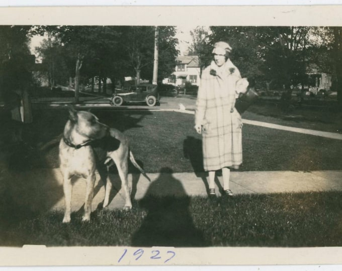 Vintage Snapshot Photo: Woman & Dog in Front Yard, 1927 [810735]