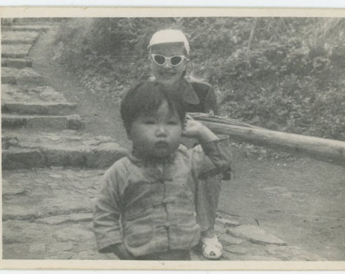 "Vintage Snapshot Photo: ""What you see is all the little girl was wearing"" [84665]"