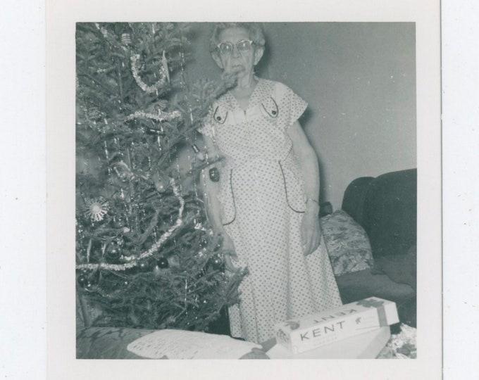 Vintage Snapshot Photo: Grandma Rose, Xmas, 1950s [91766]