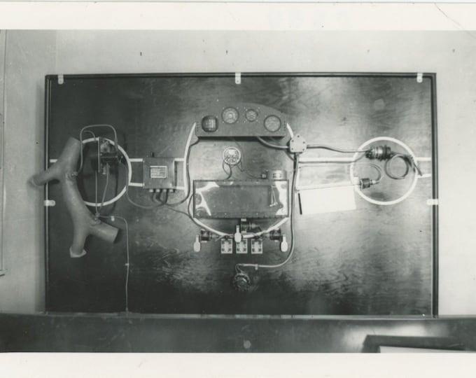 Vintage Snapshot Photo: Apparatus [86694]