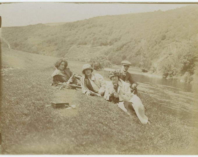 Vintage Snapshot Photo: By the River, c1920s  (81634)