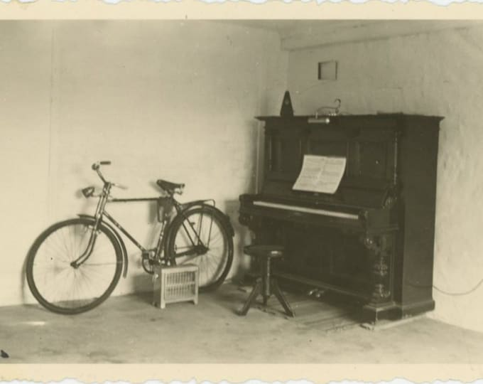 Vintage Snapshot Photo: Piano, Bicycle & Heater [811738]