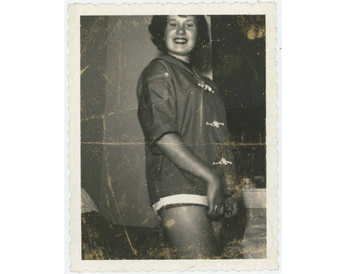 Vintage Polaroid Snapshot Photo: Teenage Girl, c1950s [93792]