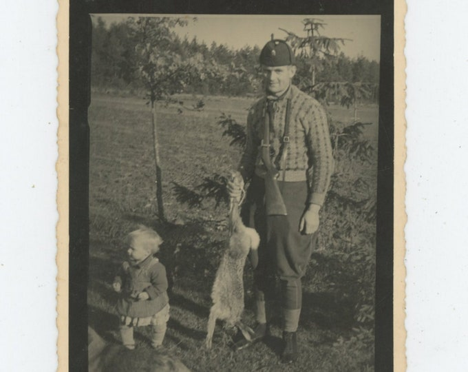 Vintage Snapshot Photo: Rabbit Hunter, Latvia, c1930s [89720]