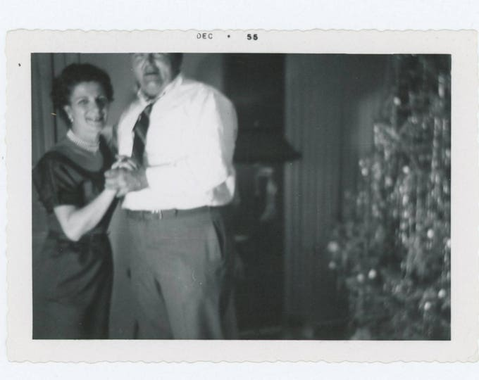 Vintage Snapshot Photo: Couple Dancing, Xmas Tree, 1955 (75583)
