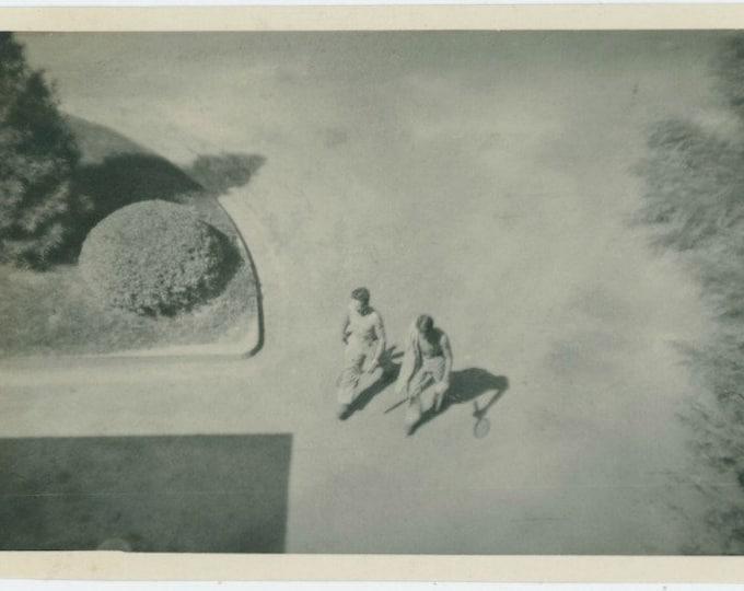 Tennis Players, Overhead View, c1940s Vintage Snapshot Photo [811745]