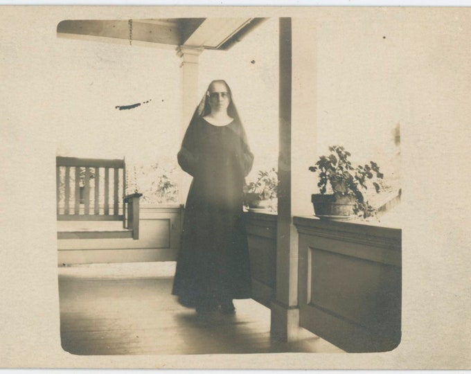Vintage Snapshot Photo: Sister Imelda [811741]