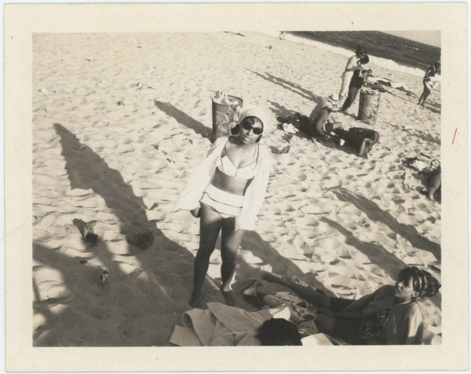 Vintage Polaroid Snapshot Photo: Beach [84668]