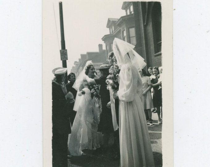 Vintage Snapshot Photo: The Wedding, 1940s [91768]