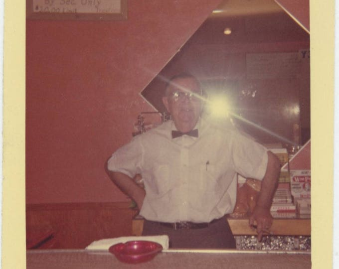 Vintage Snapshot Photo: Barkeep (711618)