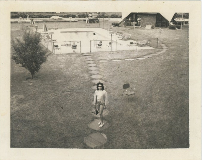 Vintage Polaroid Snapshot Photo: Pool, 1960s [89726]