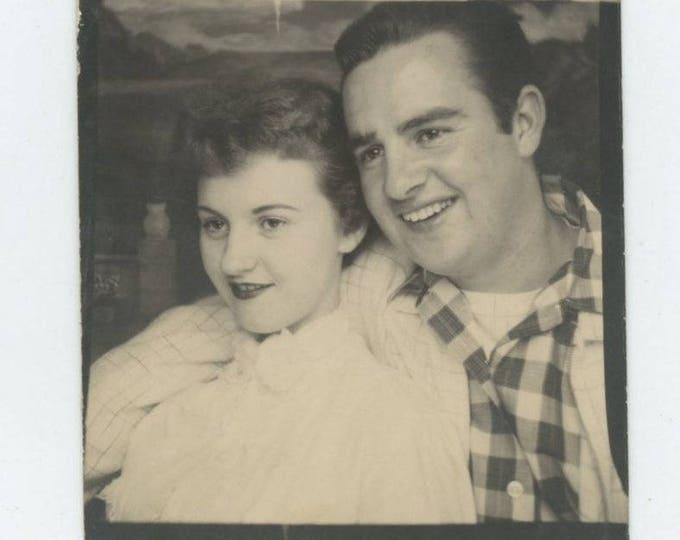 Vintage Arcade Photo Booth: Couple c1950s (712632)
