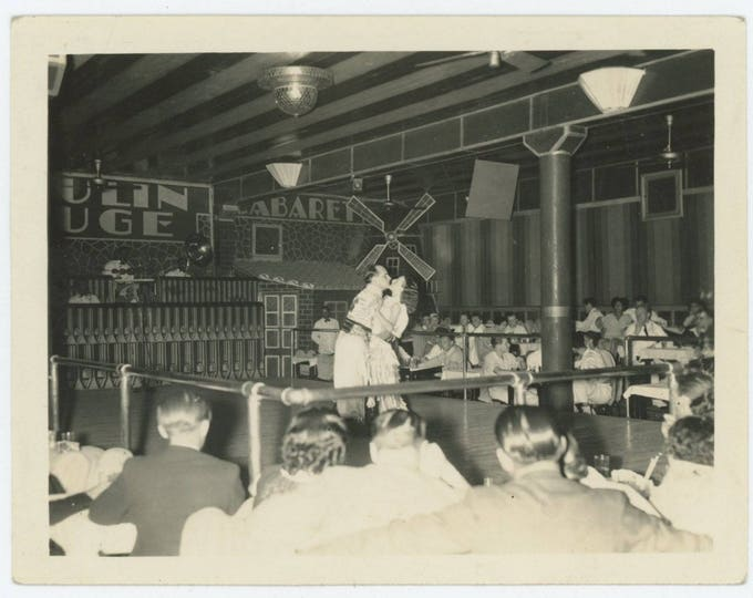Vintage Snapshot Photo: Moulin Rouge (81636)