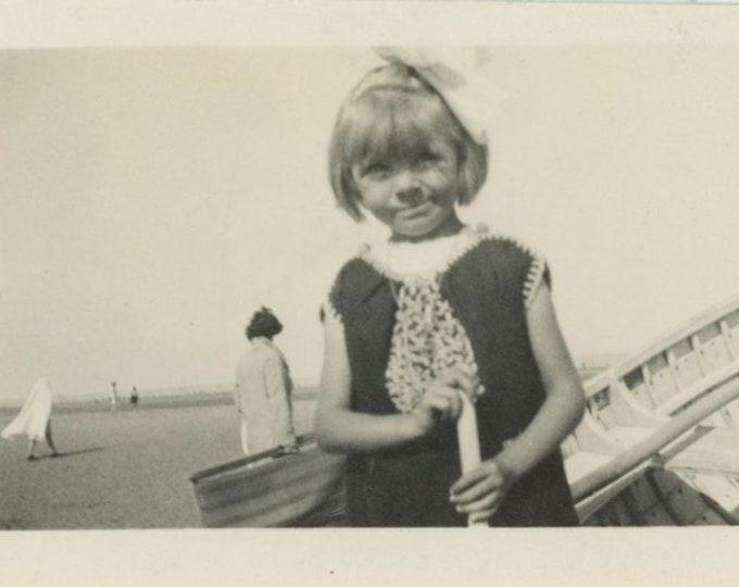 Vintage Snapshot Photo: Small Girl at Beach [86695]