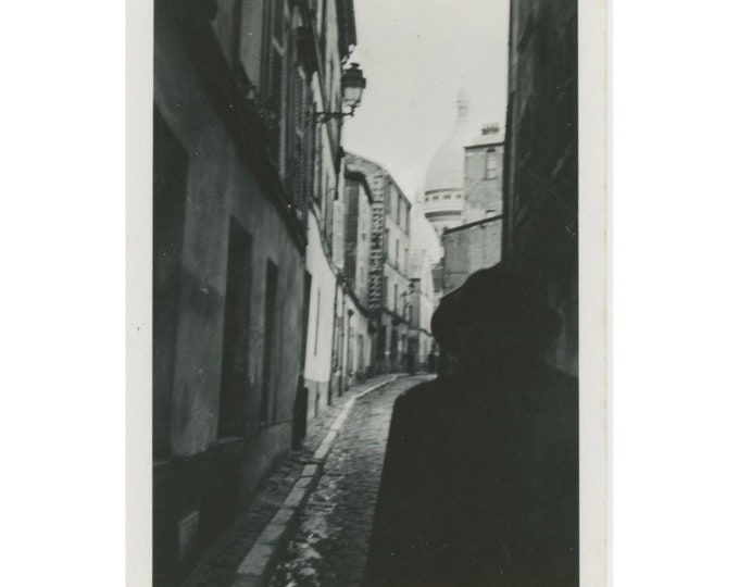 Sacre-Coeur, Back Street: Vintage Snapshot Photo [85672]