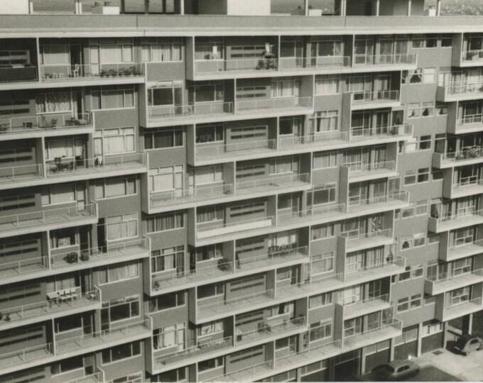 Vintage Snapshot Photo: Apartment Building, Istanbul Turkey, c1950s (87700)