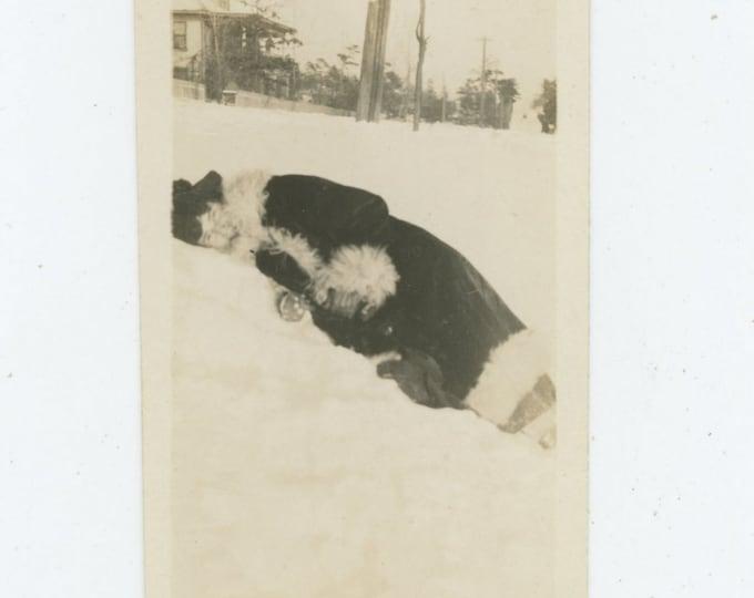 Vintage Snapshot Photo: Lying in the Snow, c1910s (87699)