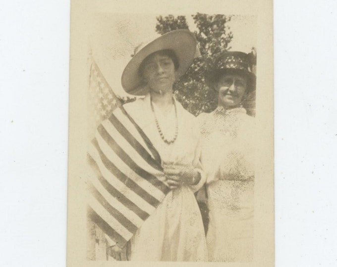 Vintage Snapshot Photo: Two Women & American Flag, Early 1900s [86696]