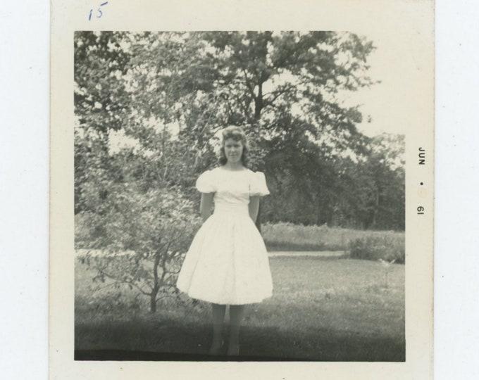 Vintage Snapshot Photo: Teenage Girl, 1951 (87699)