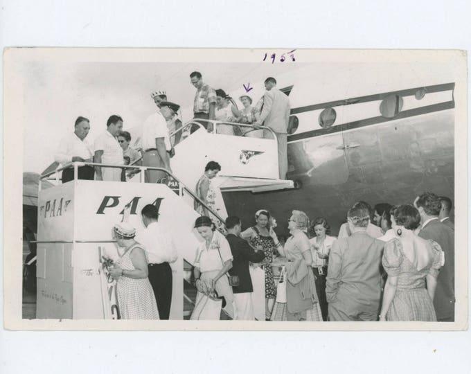 Vintage Snapshot Photo: Passengers Deplaning, 1953 (610506 O/S)
