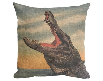 "Alligator Linen Throw Pillow 15"" x 15"""