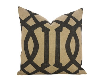 Trellis Pillow, Burlap Industrial Accent, Black