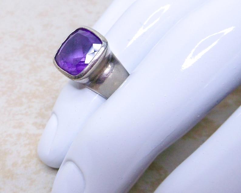 Vintage Sterling Silver Amethyst Ring Modernist Size 6 Unisex Retro 4 Carats