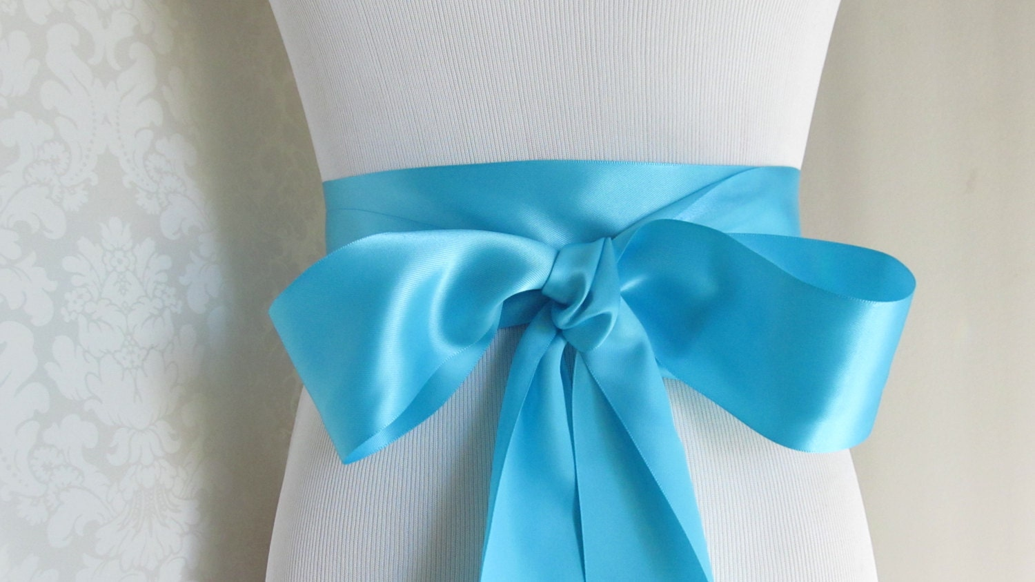 Eight of foam and satin ribbons
