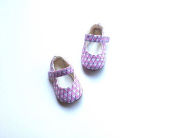 Baby Mary Janes Baby Shoes in Pink Geometric