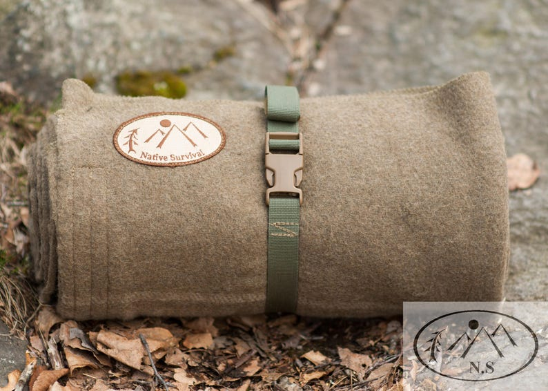 NativeSurvival Wool Bedroll image 0