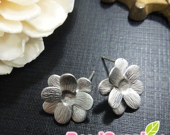 FN-ER-01060 -  Matted silver plated,Petite flower earrings, 4 pairs