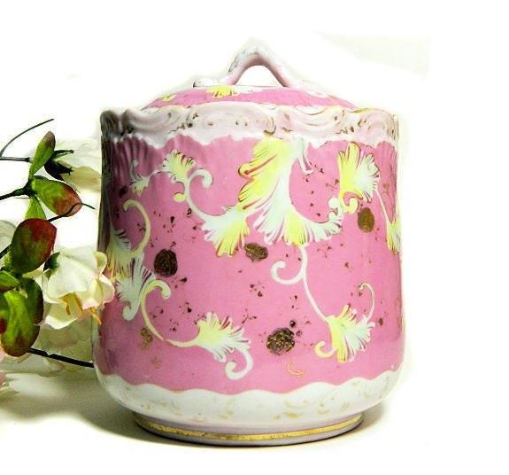 Antique,Biscuit,Barrel,Jar,Pink,and,White,Feather,Scolls,antique biscuit barrel, antique cookie jar, porcelain biscuit jar