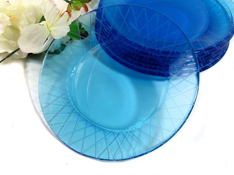 Eight,Azure,Blue,Glass,Salad,Dessert,Plates,Overlapping,Arches,azure glass plates, blue glass plates, glass salad plates, azure dessert plates, blue dessert plates