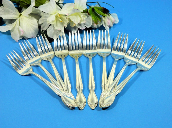 Ten,Vintage,Wm,Rogers,Silverplate,Dessert,Salad,Forks,1955,Basque,Rose,Housewares,silverplate_forks,dessert_forks,salad_forks,wm_rogers_forks,rogers_basque_rose,rogers_woodland_rose,rogers_lady_densmore,epsteam,rose_pattern_slver,basque_rose_forks,sweetwaters_antiques,silver_cake_forks,silver_party_forks