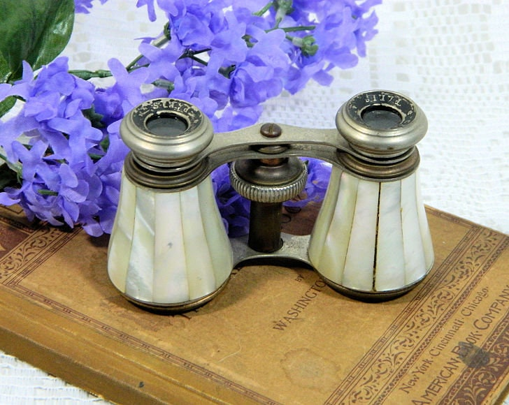 Antique,Chevalier,Paris,Mother,of,Pearl,Opera,Glasses,antique opera glasses, mother of pearl opera glasses, chevalier paris opera glasses, french opera glasses