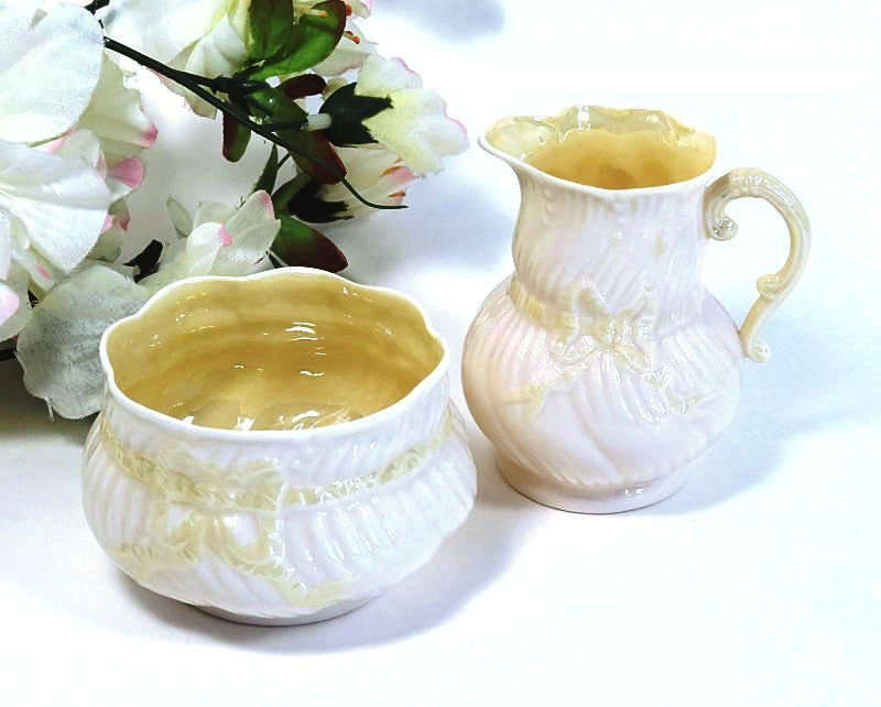 Irish,Belleek,Ribbon,Pattern,Creamer,and,Sugar,Cob,Luster,irish belleek ribbon, ribbon pattern creamer, ribbon patter sugar, belleek sugar and creamer