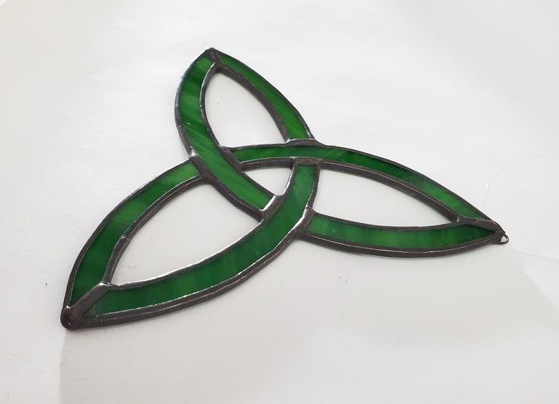 Stained Glass Textured Green Celtic Knot Suncatcher Glass Art