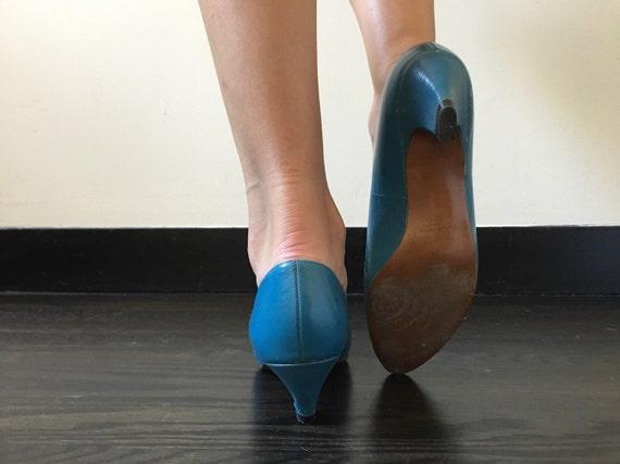 Vintage Studded Teal Kitten Heels - image 4