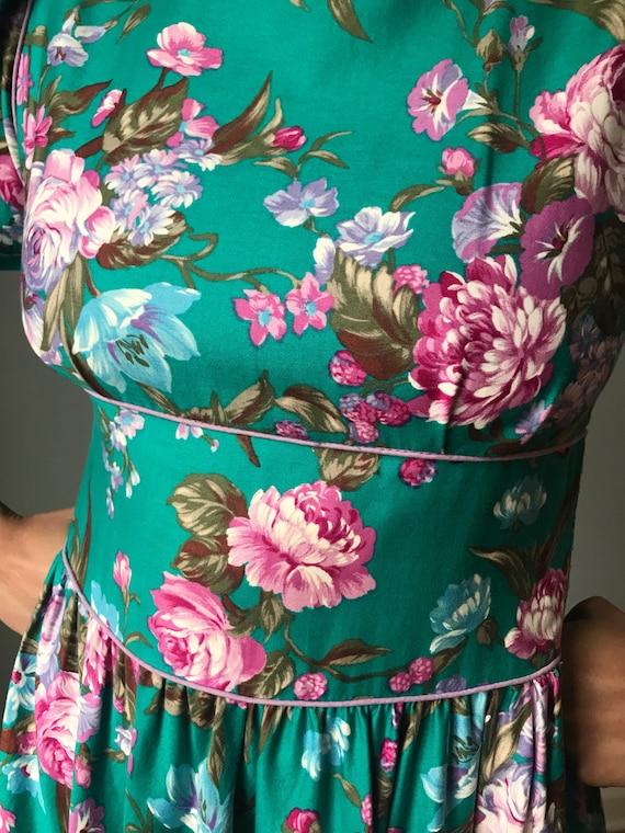 Vintage 80s Does 50s Floral Fit & Flare Dress - image 6