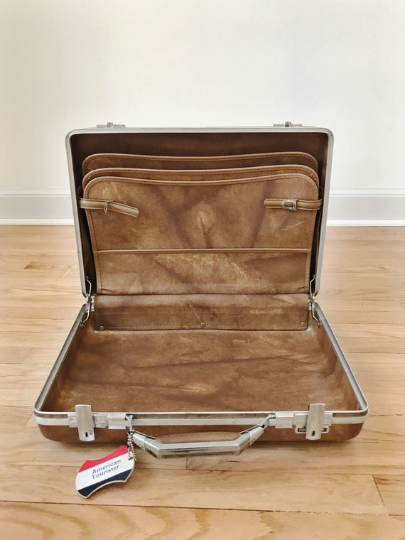 Vintage 70s Hardshell Samsonite Briefcase