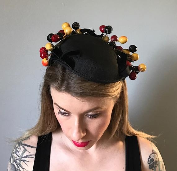 Vintage 50s Berry Fascinator Hat - image 2