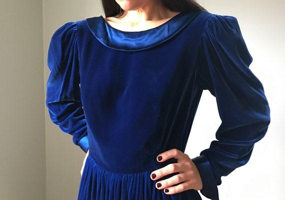 Vintage Cobalt Blue Velvet Peter Pan Dress - image 5