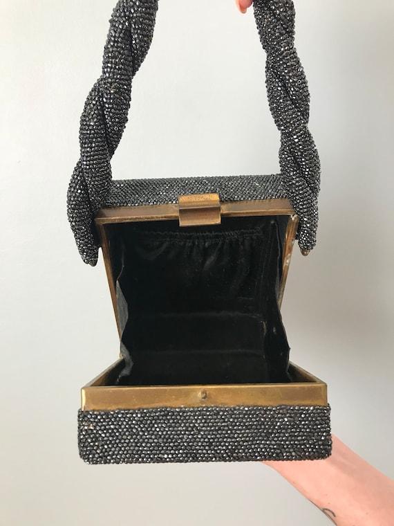 Vintage 30s 40s Gunmetal Beaded Box Purse - image 8