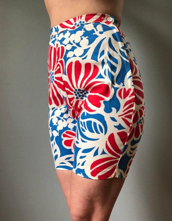 Vintage 60s Flower Jamaica Shorts
