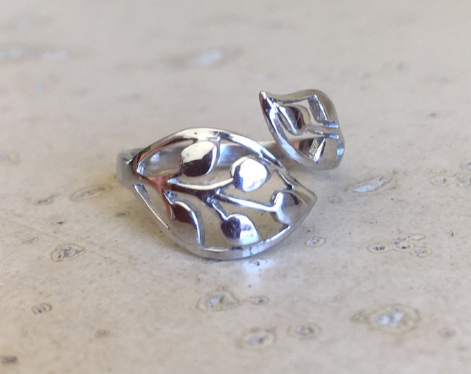 Silver Leaf Ring- Double Leaf Ring- Dainty Adjustable Ring
