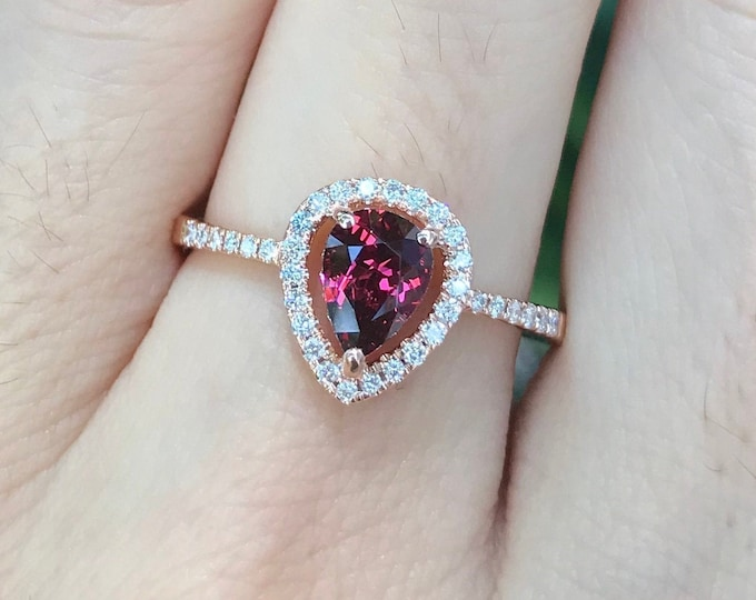 Rose Gold Garnet Engagement Ring- Red Garnet Diamond Halo Ring- Genuine Garnet Promise Ring for Her- Natural Faceted Garnet Anniversary Ring