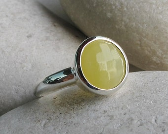Round Yellow Gemstone Ring- Stackable Yellow Stone Ring- Faceted  Yellow Ring- Sterling Silver Solitaire Ring- Simple Classic Yellow Ring