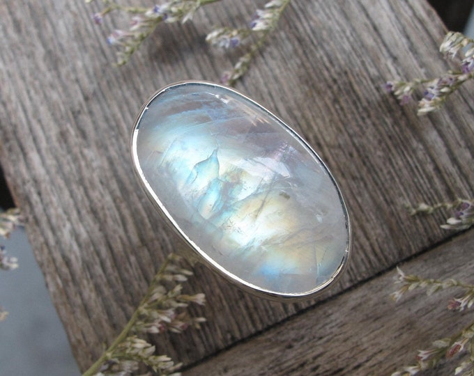 Large Cabochon Rainbow Moonstone Silver Ring- Oval Moonstone Iridescent Boho Statement Ring- Rainbow Solitaire Ring- June Birthstone Ring-