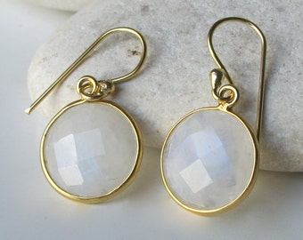 Round Moonstone Dangle Earring- Small Rainbow Moonstone Earring- Gold Moonstone Earring- June Birthstone Earring- Rainbow Bezel Earrings